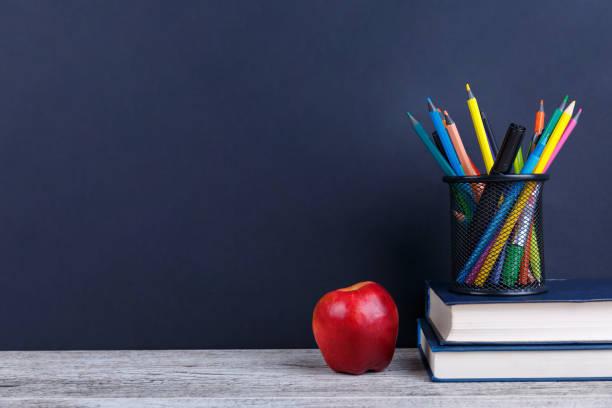 ...Horarios y normas del funcionamiento del colegio